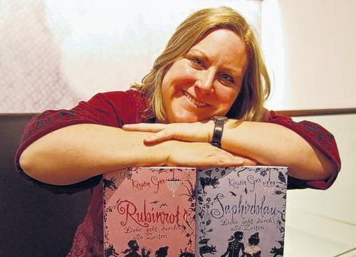 Kerstin Gier y su trilogía de viajes en el tiempo